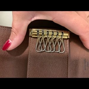 Louis Vuitton Accessories - Louis Vuitton 6 key holder monogram